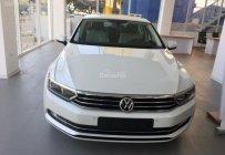 Bán xe hạng sang Volkswagen Passat Bluemotion Comfort năm 2018, màu trắng, xe mới 100% giá 1 tỷ 380 tr tại Tp.HCM