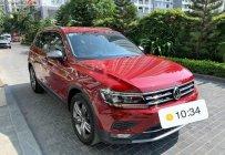 Bán Volkswagen Tiguan năm sản xuất 2018, màu đỏ, xe nhập giá 1 tỷ 560 tr tại Hà Nội
