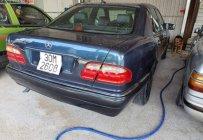 Bán Mercedes Benz E class E230 MT 1997, màu xanh lam máy chạy êm giá 95 triệu tại Tp.HCM