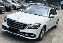 Bán Mercedes sản xuất 2019, màu trắng xe còn mới lắm giá 3 tỷ 789 tr tại Tp.HCM