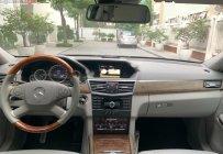 Bán Mercedes E300 năm 2009, màu đen số tự động giá cạnh tranh giá 690 triệu tại Hà Nội