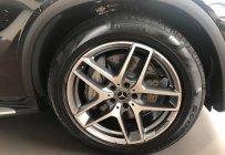 Mercedes GLC 300 4MATIC giao ngay trước tết giá 2 tỷ 289 tr tại Tp.HCM