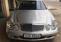 Cần bán Mercedes E200 2004, màu bạc giá cạnh tranh giá 258 triệu tại Bình Dương