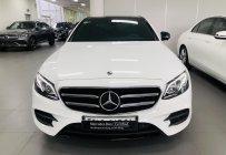Mercedes E300 trắng, chính hãng, lướt 6.000 km giá 2 tỷ 680 tr tại Tp.HCM