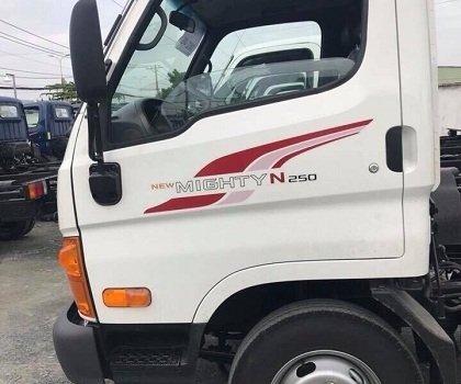 Xe tải Hyundai Mighty N250SL thùng dài 4m3 tải cao 2T4. Xe tải Hyundai 2T4 thùng 4m3